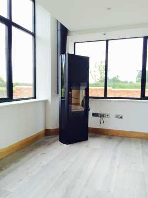 Contura 35 high in black