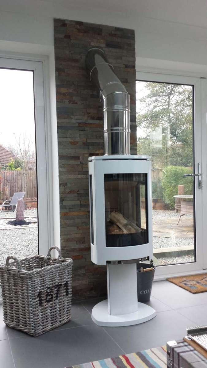 3 F370 Series Central Stoves